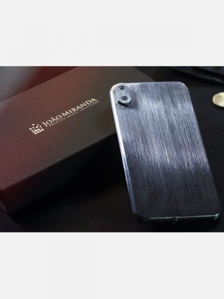 Metal Phone by João Miranda and Calen Morelli