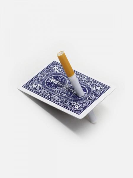 Cigarro Através da Carta