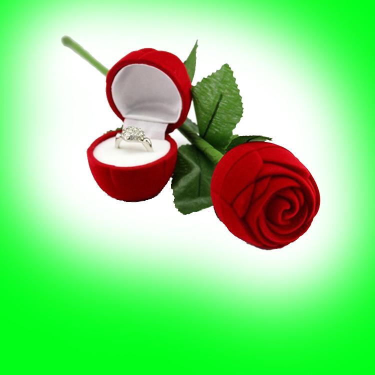 Anel em Rosa